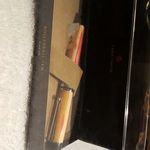 Forayfocus gorgeous in box new pen